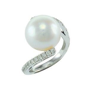 18K WHITE GOLD SOUTH SEA PEARL DIAMOND RING